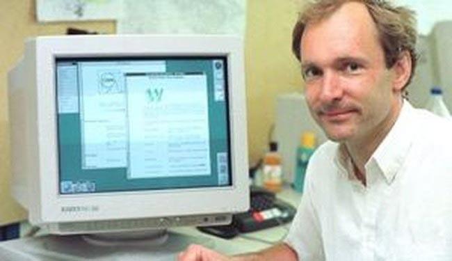 Тим Бернерс-Ли (Tim Berners-Lee) в 1989 году